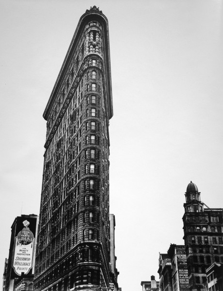 Berenice Abbott | THE FLATIRON BUILDING, NEW YORK CITY | silver print | 10-7/8 x 13-5/16"