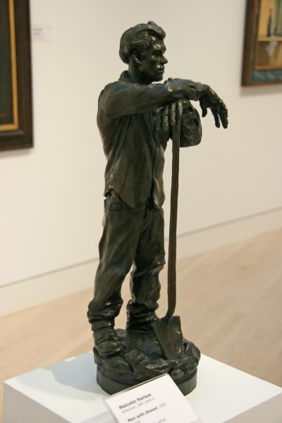 Malcolm Harlow | MAN WITH SHOVEL | bronze | 1999