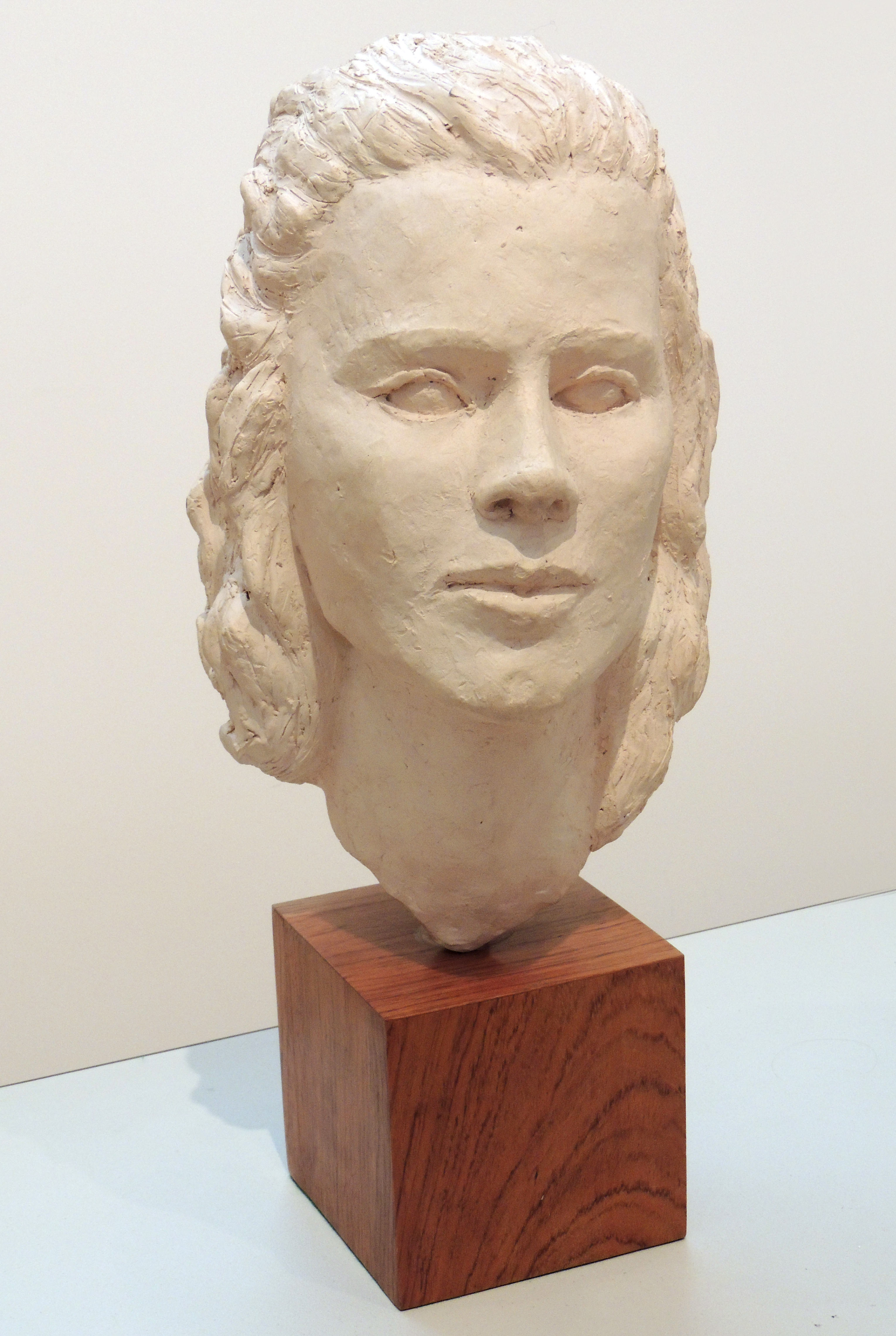 Jane Hollenbeck | FEMALE BUST | clay | undated | Donated by Peter Hollenbeck